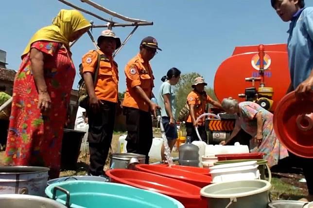 11 kecamatan di Jember alami krisis air bersih
