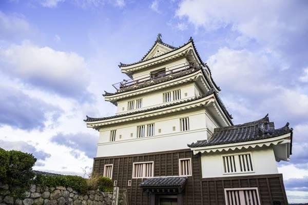 ปราสาท Hirado เตรียมเปิดให้นักท่องเที่ยวเข้าพักได้ตลอดแล้ว