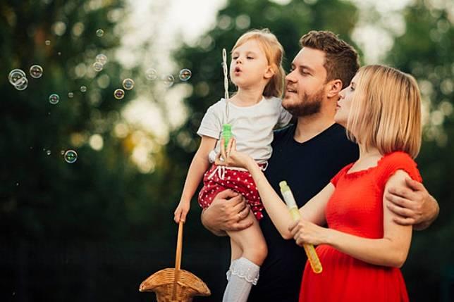 Kenali Keberadaan Si Sunshine Baby dalam Keluarga