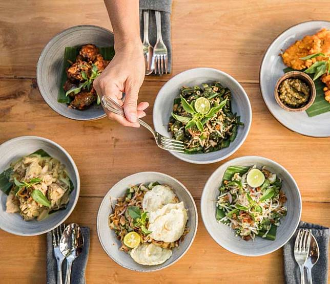 15 Makanan Khas Bali yang Harus Anda Coba