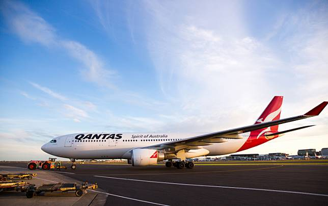 Qantas wants to begin flying the time-saving route commercially as soon as 2022, so the airline used this test trip to explore ways to reduce its inevitable downside: Soul-crushing, body-buckling jet lag. Here's how my journey unfolded in real time.