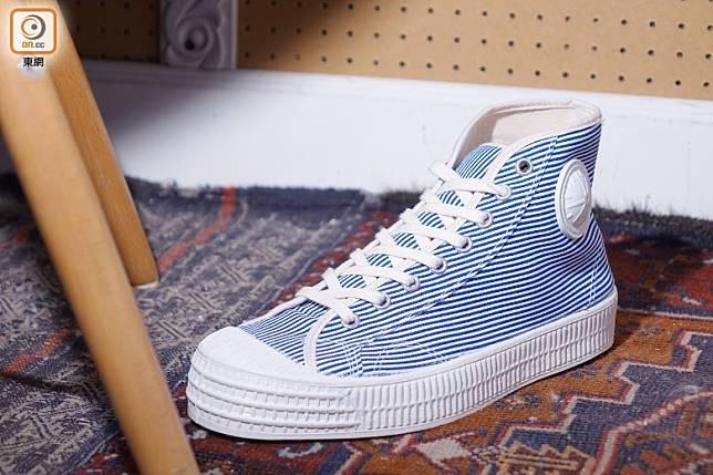 VEGANCRAFT Denim Stripe Hi Top Sneakers(胡振文攝)