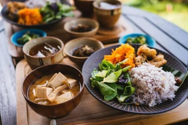 8 Fakta Diet Okinawa ala Jepang dan Manfaatnya bagi Kesehatan