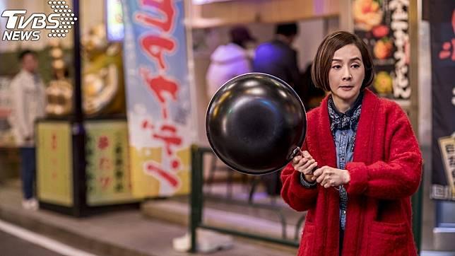 港星毛舜筠演出賀歲片《肥龍過江》。(圖/華映娛樂)