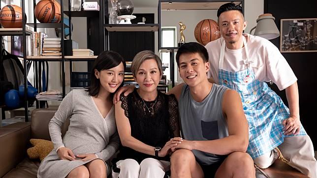 戲中安安姐演朱鑑然媽咪及陳靜奶奶,而阿聰則是星級男陪月。
