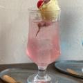 桜のクリームソーダ - 実際訪問したユーザーが直接撮影して投稿した大和町カフェリトル ビレッジ カフェの写真のメニュー情報