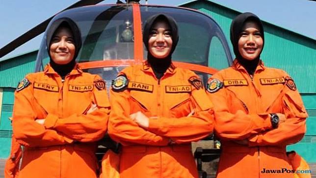 Mengenal 3 Sosok Cantik Pelopor Perempuan Penerbang TNI AD