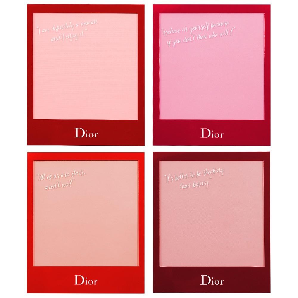 商品名稱:Dior 迪奧 ULTRA ROUGE 超惹火唇膏磁鐵相框組(4入) 容量:4入。 尺寸:約 8.8* 10.8 cm。 貨源:公司貨 保存期限:3年 (依商品包裝顯示) 產地:法國(每批專