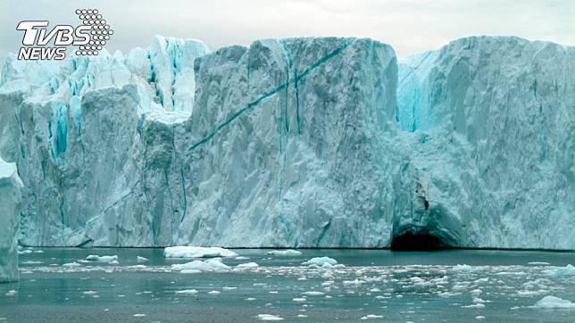 研究顯示,格陵蘭的融冰速度在20年不停增快。圖/TVBS