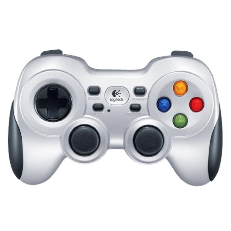 USB超小型接收器 2.4G無線技術 雙重振動回饋技術 廣泛的遊戲支援 容易安裝使用簡便 專用 4 向 D-PAD