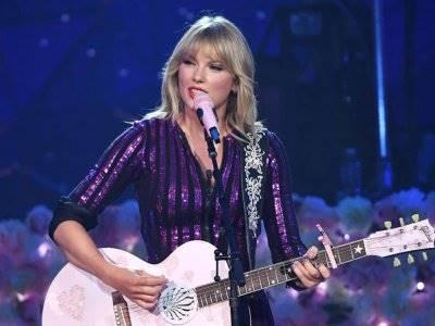 Awalnya Dilarang, Taylor Swift Direstui Nyanyikan 'Medley' di AMA 2019