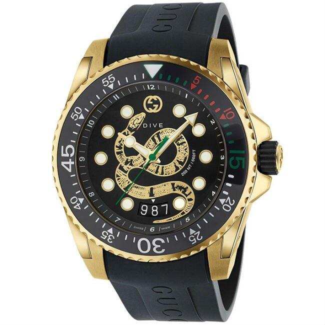 Gucci 古吉 YA136219 Gucci Dive系列 蛇刻紋運動腕錶 / 黑面 45mm。人氣店家大高雄鐘錶城的發燒新貨有最棒的商品。快到日本NO.1的Rakuten樂天市場的安全環境中盡情網