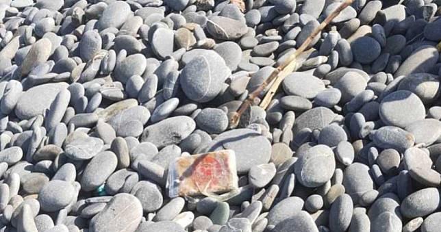 沙灘驚見海洛因磚 警破中南部最大毒梟逮9人