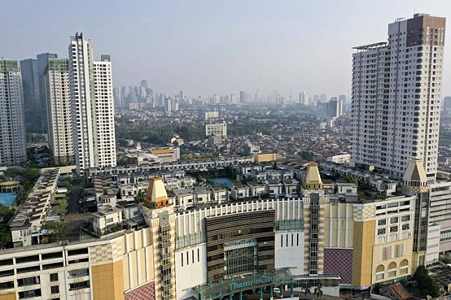 A residential complex located on top of the Thamrin City mall in Central Jakarta.