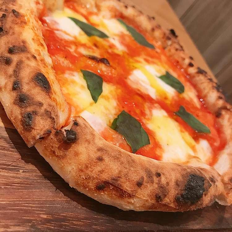 ユーザーが投稿したピザマルゲリータの写真 - 実際訪問したユーザーが直接撮影して投稿した西新宿イタリアンアイビアー・ルサンパーム 新宿ミロードの写真