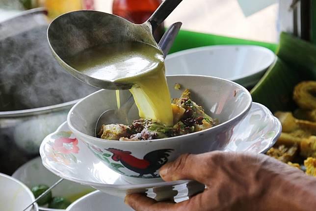 5 Kuliner Malam Sambil Menikmati Dinginya Udara Bogor