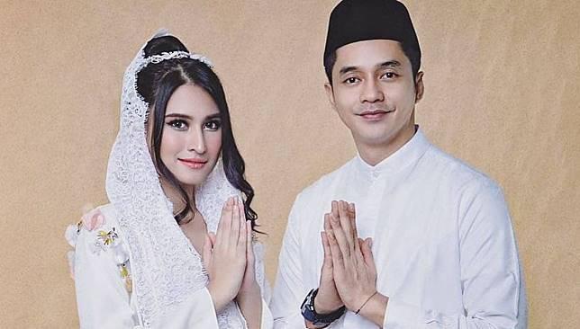 Adly Fairuz akan Menikahi Angbeen Rishi Dalam Waktu Dekat
