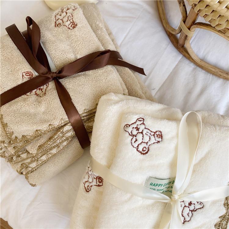 刺繡小熊毛巾浴巾