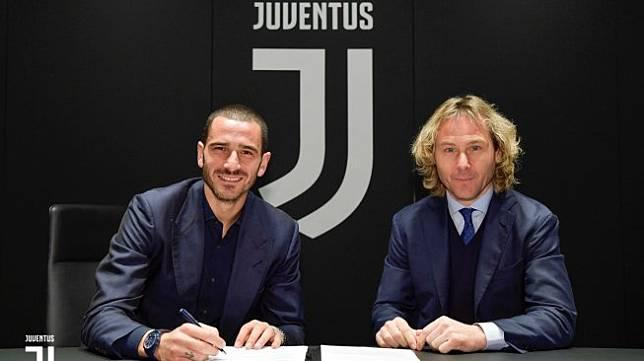Leonardo Bonucci menandatangani perpanjangan kontrak bersama Juventus hingga 2024. (Dok. Juventus).