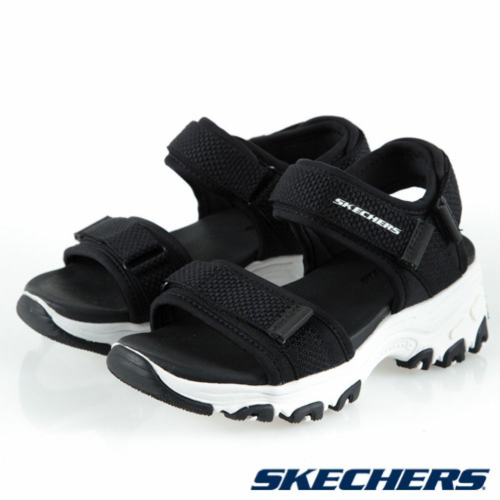 #Skechers #運動鞋 #童鞋 #涼鞋 #兒童涼鞋 在韓國、香港引領潮流、蔚為風尚的SKECHERS D'LITES系列又來了! 推出親子款的時尚潮流D'LITES涼鞋,加厚鞋底修飾拉長腿部線條