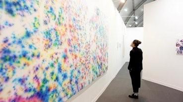 香港的藝術市場在賣什麼日本藝術家?