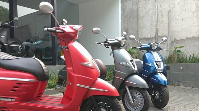 Jajaran skuter matik Peugeot Motorcycles Indonesia. [Suara.com/Manuel Jeghesta Nainggolan]