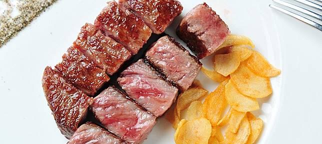 肉汁爆漿、嫩到內牛滿面?十大頂級鐵板燒顛覆你想像