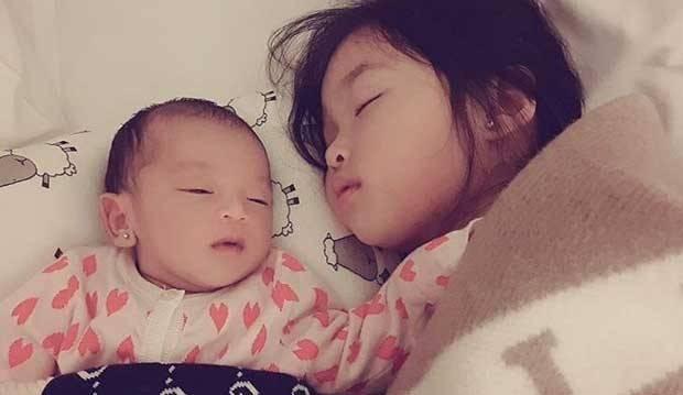 Bangun Tengah Malam, Thalia Putri Onsu Lakukan Aksi So Sweet Ini