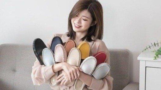 D+AF 艾莉推薦穿搭必備!舒適樂活MIT豆豆穆勒鞋