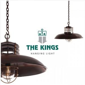 【THE KINGS】源於於1987年,經歷了近30年歷史的優雅沉澱 ISO&SA 8000品質管理,保證的服務和最高標準的承諾 鋼鐵與鋁合金主體青銅塗裝,五金棕銅配件工藝考究而獨特 古銅色燈罩曲線宛