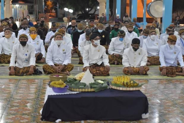 Trah Mataram Islam Kraton Kasunanan Gelar Malam Selikuran, Begini Suasananya