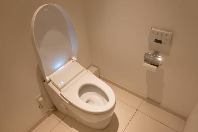 เรียนรู้วิธีการใช้ห้องน้ำในบ้านในญี่ปุ่นอย่างถูกต้องเมื่อเกิดภัยพิบัติ น้ำไม่ไหล