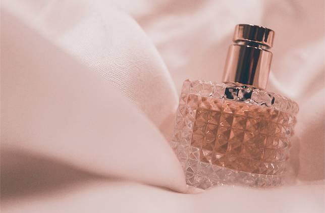 Ilustrasi parfum.