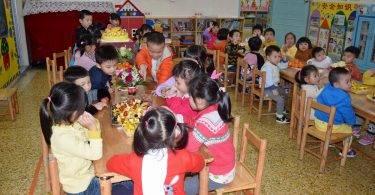 是分享還是相互比較,孩子生日送蛋糕變成父母壓力?