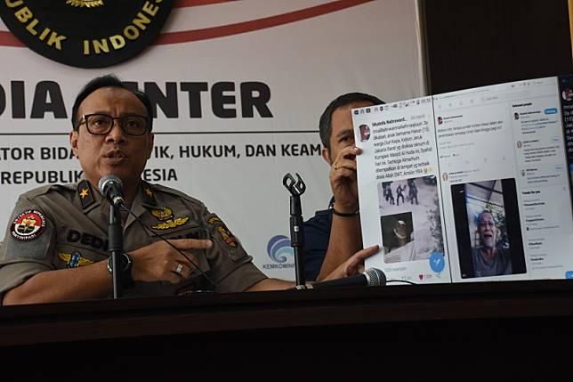 Klarifikasi polisi soal rencana patroli siber grup Whatsapp
