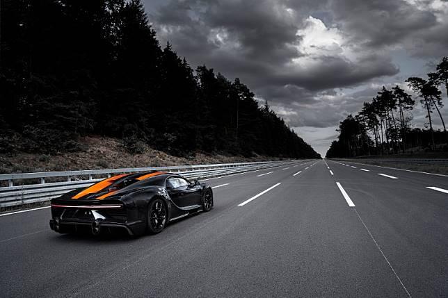 新Chiron的產前測試,在德國Lower Saxony的 Ehra-Lessien 高速試車道進行。(互聯網)