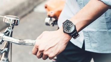 如果今年只買一支腕錶,那它一定是 EO-2 超電能飛行腕錶。