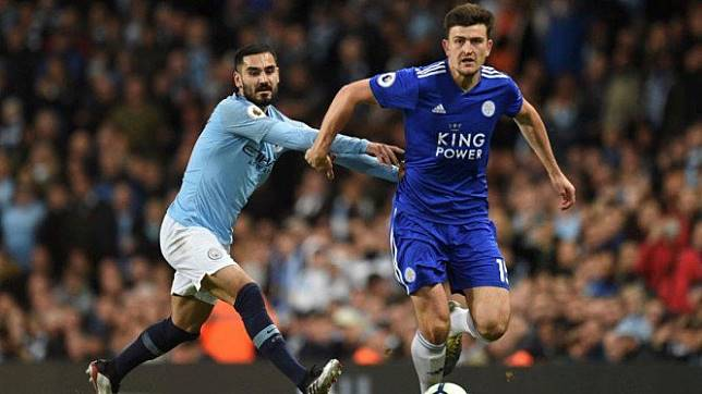 Bek Leicester City, Harry Maguire (kanan)