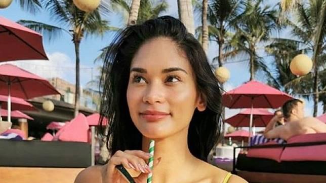 Liburan di Bali Penampilan Miss Universe Pia Wurtzbach Bikin Salah Fokus