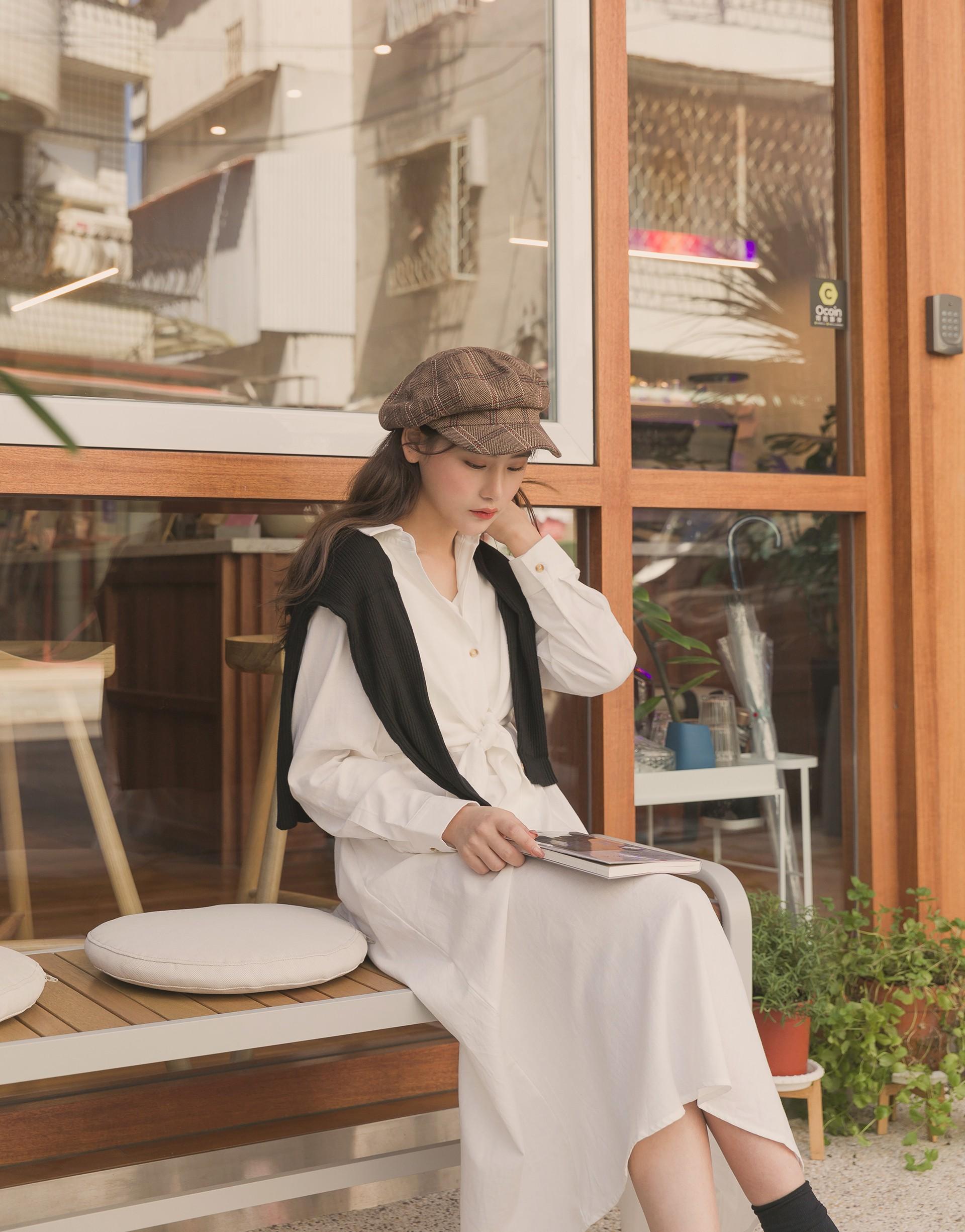 外罩襯衫為假兩件式/無內裏/襯衫釦子配色設計