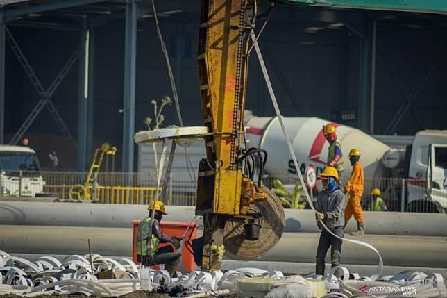 Proyek pembangunan Stasiun Kereta Cepat