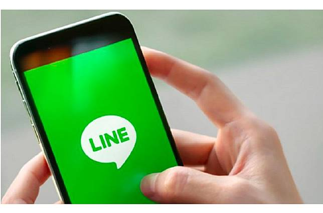 ▲ LINE 比 FB 好用?答案曝光:根本不能比!兩派人馬掀熱論。(圖/翻攝LINE官網)