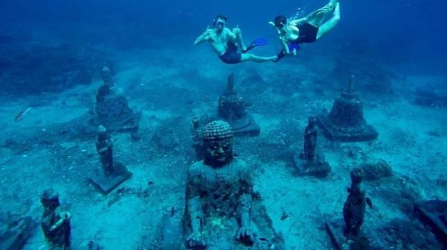 Bikin Menyelam Makin Seru, 3 Museum Bawah Laut Ini Siap Menemani