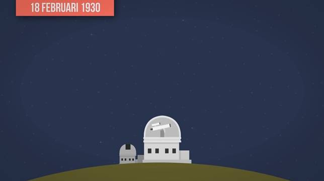 Penemuannya pun cukup unik, hanya berbekal ketidaksengajaan pada tahun 1930, Pluto dinobatkan sebagai planet dalam Tata Surya. Selamat bergabung Pluto!
