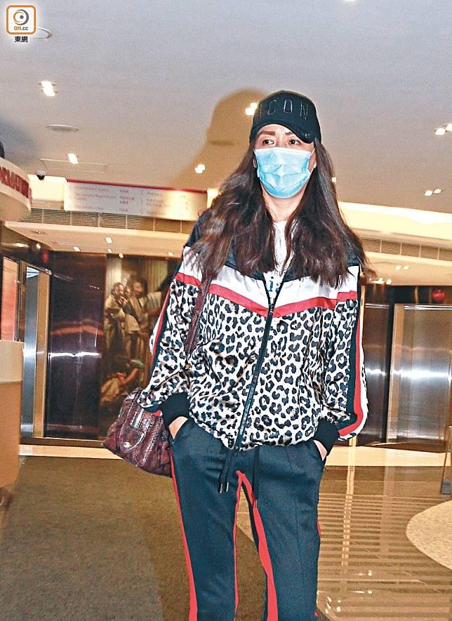 琦琦昨晚離開醫院時強調手術順利。