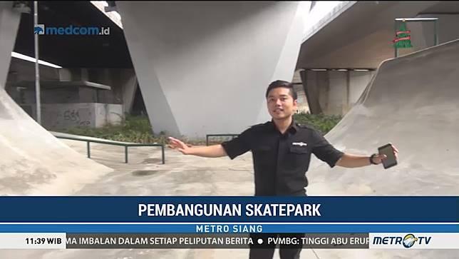 Melihat Fasilitas di Skate Park di Flyover Slipi