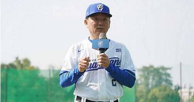 馮勝賢親自南下拜訪 洪總確定接任6搶1總教練