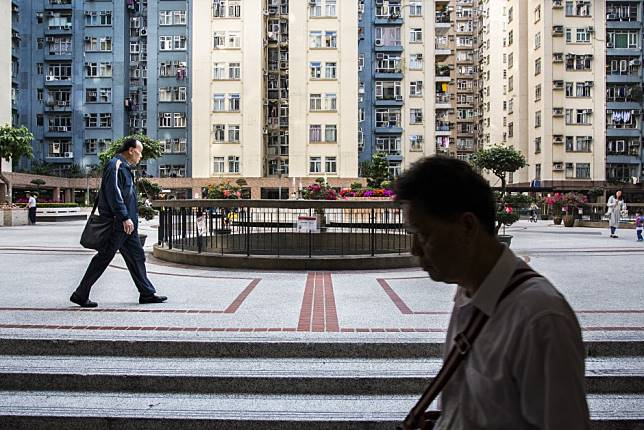 Hongkongers Are Selling Their Homes At Huge Losses To Flee The
