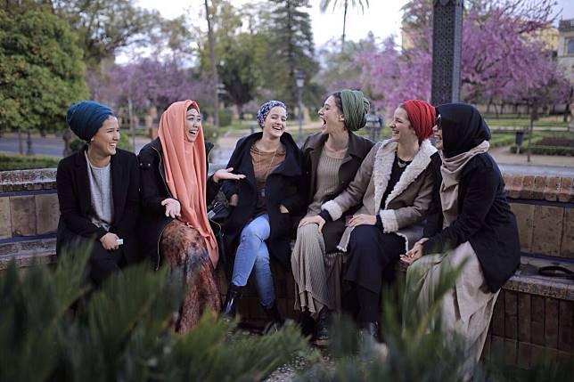 Pengalaman Berharga Oki Setiana Pelajari Muslim di Australia