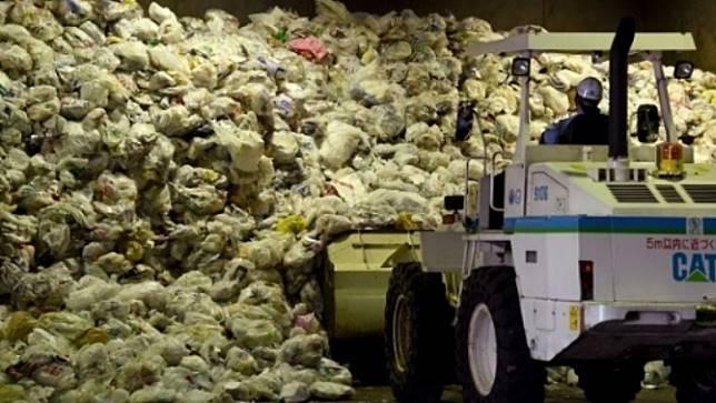 นักรณรงค์วิจารณ์ญี่ปุ่น ไม่เหมาะสมเป็นผู้นำลดขยะพลาสติกและขยะในทะเล